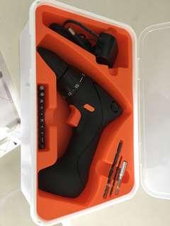 Drill screwdriver set
