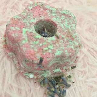 Customised Lushful bath bombs , with olive oil, lavender essential oil and lavender buds