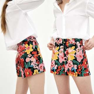 ZARA Floral High Waist Shorts XS Size 25 Size 26