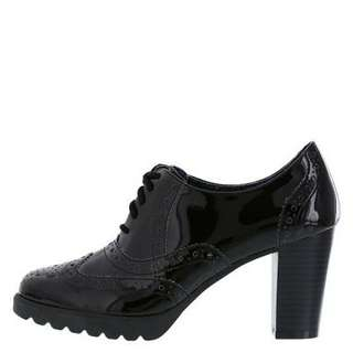 Black lace up heeled oxford shoes US 6.5