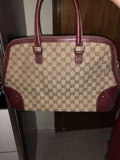 Gucci 手袋💯%real