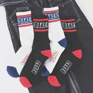 🚚 【現貨出清賠售價】韓國ulzzang潮牌原宿復古男女情侶毛巾底街頭滑板中筒襪