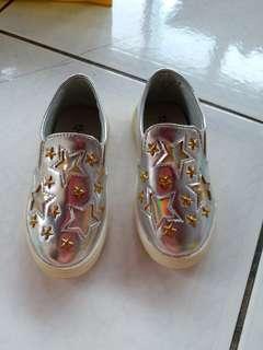 🚚 韓國星星閃亮銀女童懶人鞋