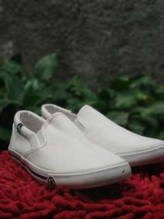 White loafers sneakers