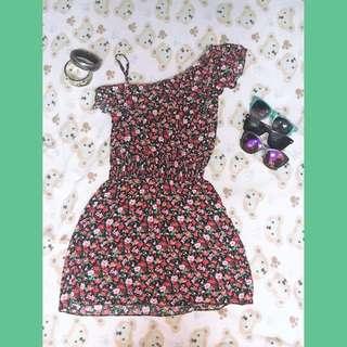 •floral dress