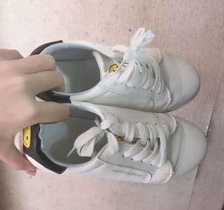 🚚 必備小白鞋☁️