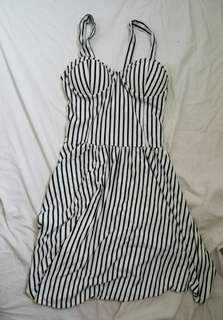 REPRICED STRIPED WHITE AND BLACL DRESS WITH CUPS
