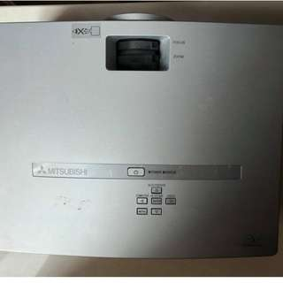 MITSUBISHI HC900 DLP 投影機