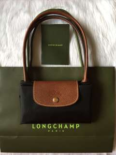 Authentic Longchamp Le Pliage Medium Long Handle in Black