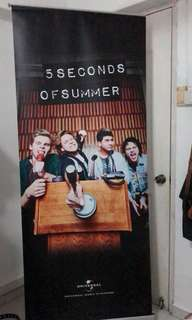 5SOS SIGNED BANNER POSTER STAND