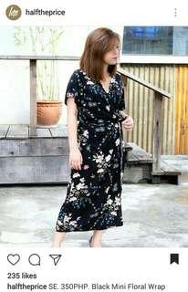 📍free shipping 📍HTP black floral maxi wrap dress