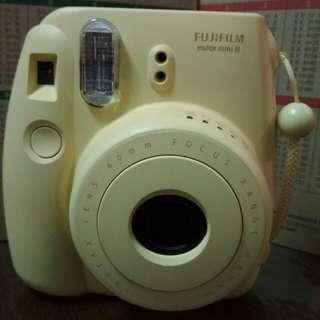 Fujifilm Instax Mini 8 (polaroid)