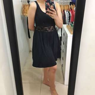 H&M LBD with lace details