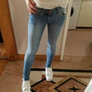 $65包郵 h&m牛仔褲 size 24