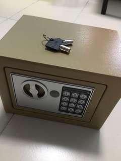 Safe Box (Digital Number and Key)