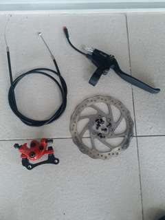 Front wheel disc (140mm) brake set. newly removed from sw4