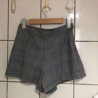 🚚 韓國帶回✈️學院風格紋短褲