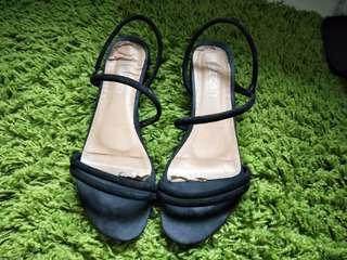 🚚 黑色氣質涼鞋