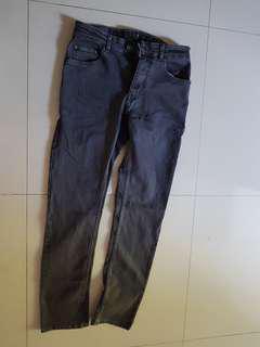 Jeans black wash. 32. Cole. Baru