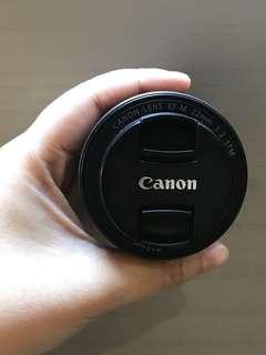 Lensa Canon EF-M 22mm f/2 STM