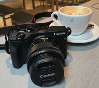 Canon EOS M3 Kit (EF-M15-45 IS STM)