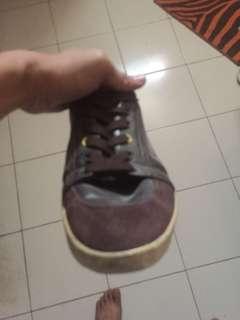 Sneaker paul smith warna coklat size 42
