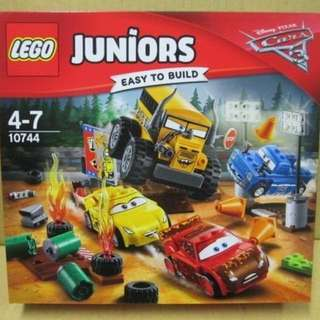 全新 Lego 10744 Juniors 系列 Thunder Hollow Crazy 8 Race