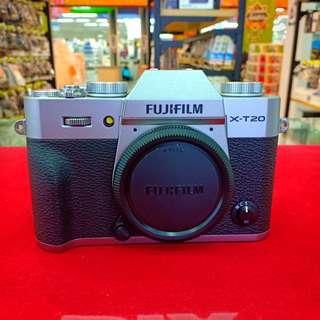FUJIFILM X-T20(18-55MM F2.8)