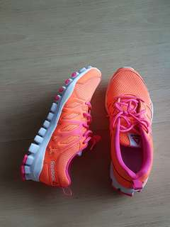 ORI REEBOK RUNNING SHOES size 36