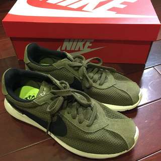 🚚 Nike Wmns Roshe LD-1000 Iguana / Black 819843-201  墨綠 黑 全新 24 女