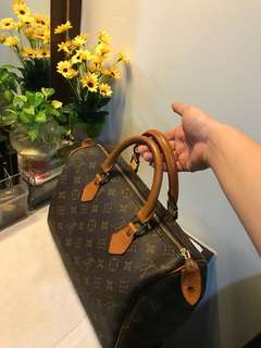 Louis Vuitton Speedy 30 Japan bundle Not Authenthic