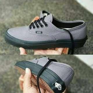 Vans Authentic Grey Black Sole