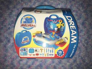 DREAM The Suitcase Medical kit set