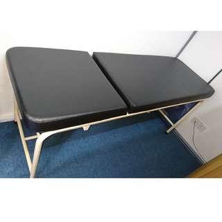 Clinic examination bed (+ stool)