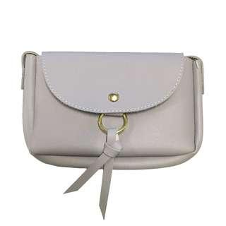 Sling Bag with Back Card Pocket