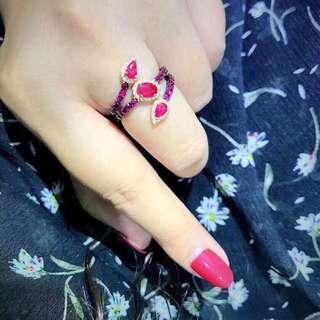 香港預展 18k 紅寶鑽石戒指