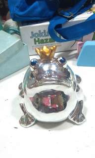 Ceramic frog prince decorative figure