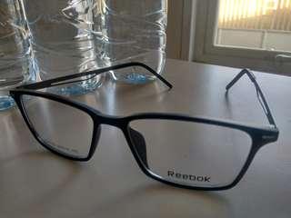Frame kacamata Reebok
