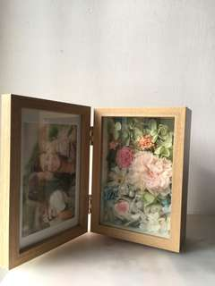 Handmade preserved flower photo frame