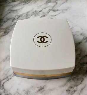 BN Chanel Coco Mademoiselle Fresh After Bath Powder