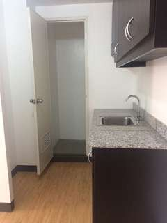 75K READY TO MOVE IN Condo in Pasig City