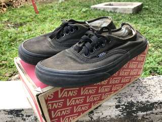 VANS AUTHENTIC BLACK ORIGINAL 39 MURAH