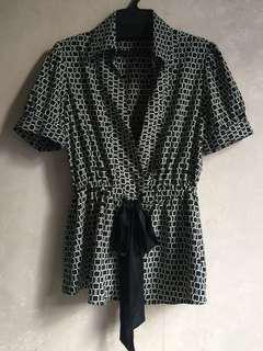 購自日本古著黑色開胸鎖鏈印花短袖襯衫9成半新日本製