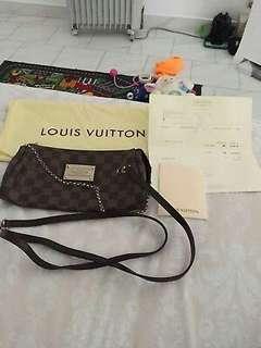Louis vuitton clutch! Cheap