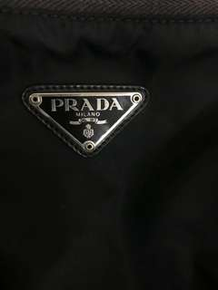 Prada backpack 背包