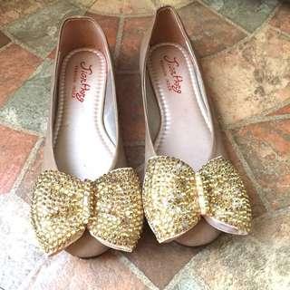 🚚 二手 金色亮片蝴蝶結娃娃鞋 平底鞋 休閒鞋 走路鞋 低跟鞋(23 1/2)