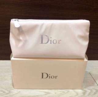 🚚 便宜賣正品dior迪奧正品炫彩Logo化妝包附盒 白