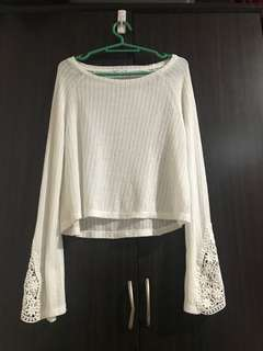 Bershka Knitted top,fits to small to medium