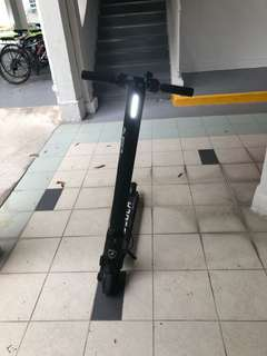 Brand new e scooter for sale. Used for 2 months