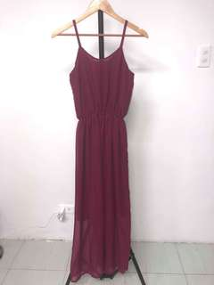 MAXI DRESS IN MAROON FITS XS TO SEMI LARGE #TVC #TheValuableCorner